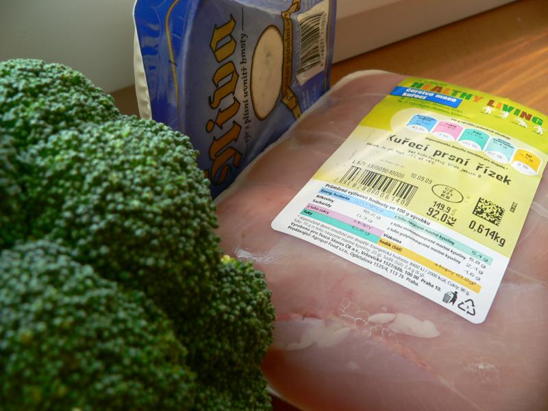 Kuřecí s brokolicí a nivou