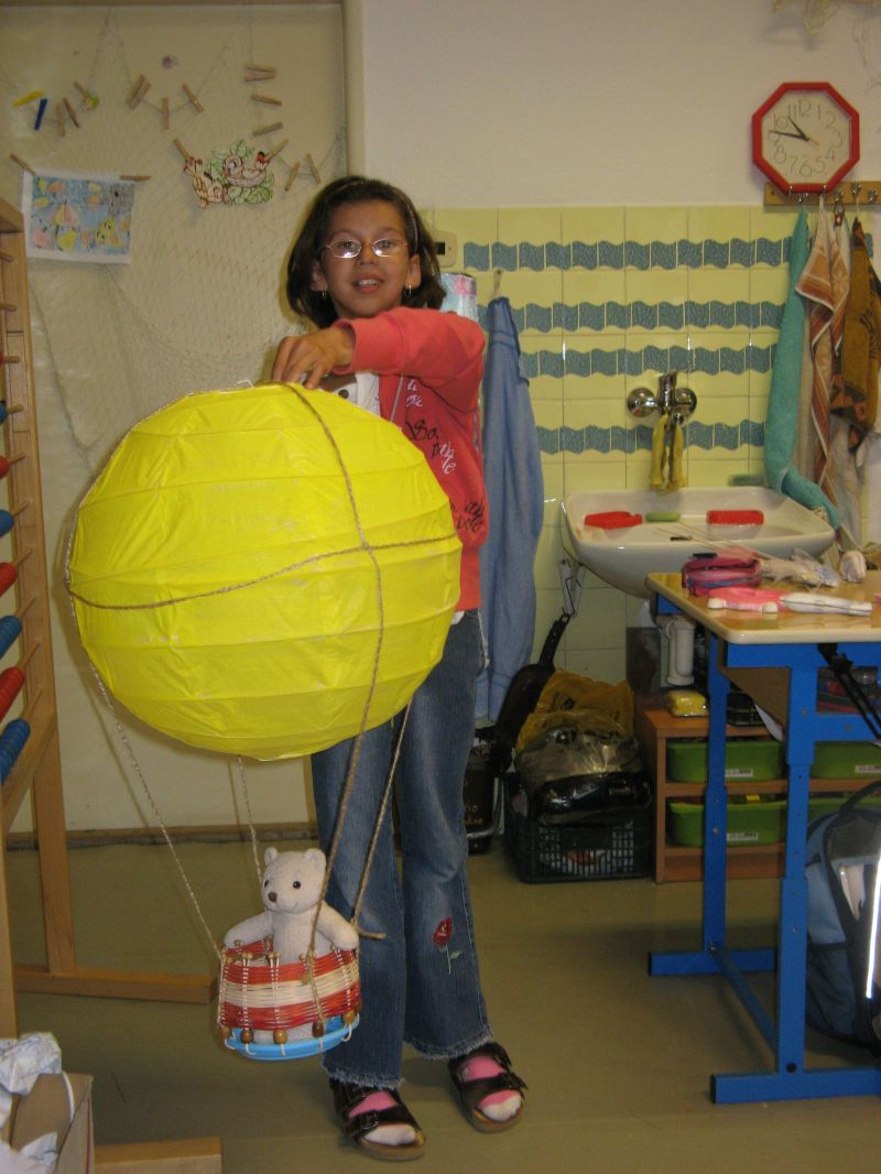 Balón s košem od čtvrťáků