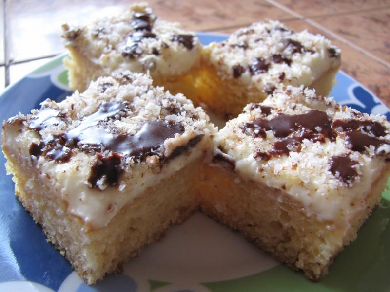 Ananasový koláč s krémem