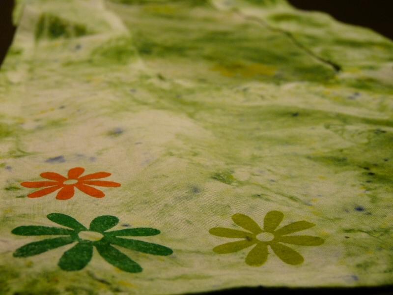 Jarní ubrus sypanou batikou
