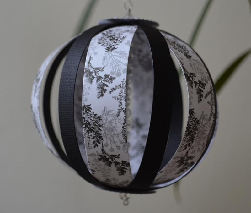 Papírové koule
