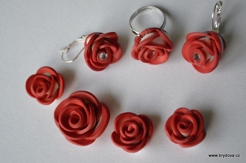 Růžičkové náušnice