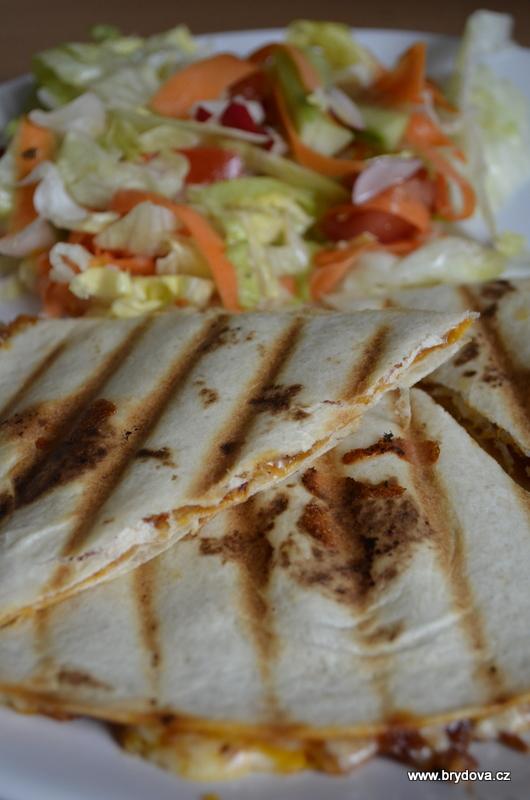 Quesadilla s kuřecím masem