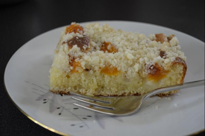 Ovocný koláč ze zakysanky