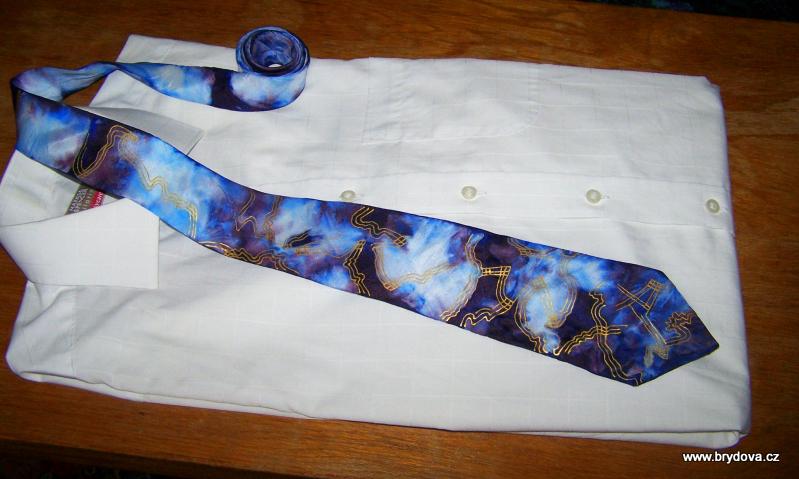 Mačkaná kravata