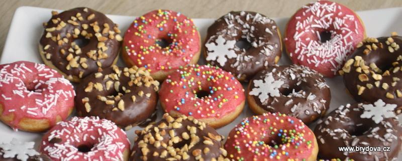 (vy)pečené donuty